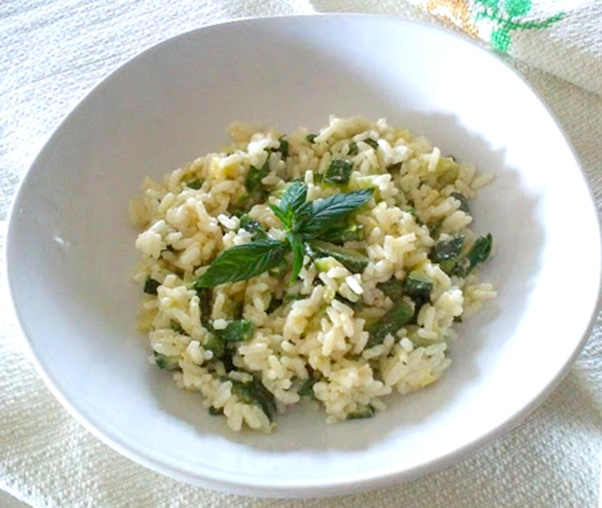 Risotto Asparagi Zucchine.Riso Freddo Con Zucchine Ed Asparagi Facile La Tavola Di Gio