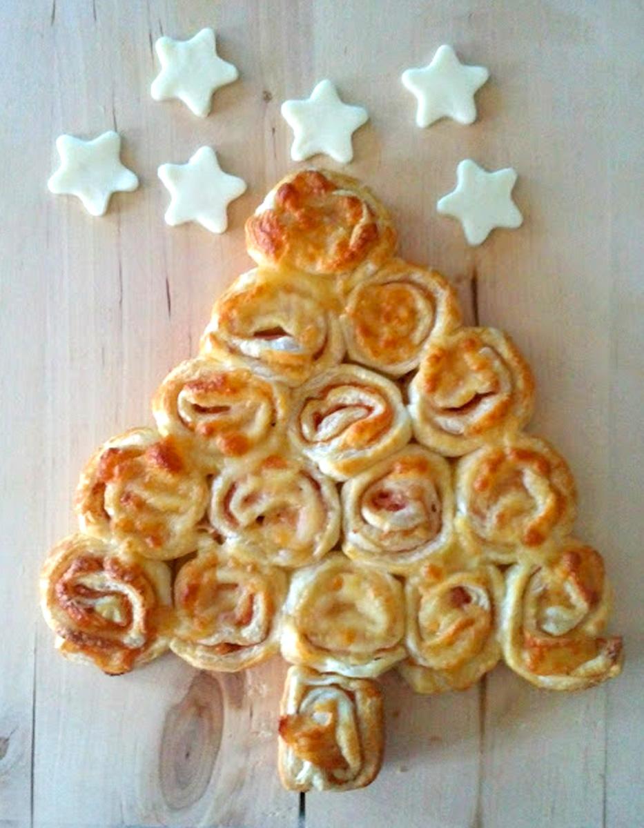 Albero di Natale con girelle di pasta sfoglia