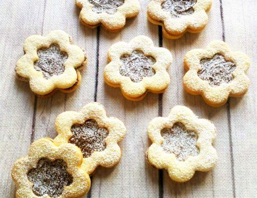 Biscotti con la nutella forma fiore