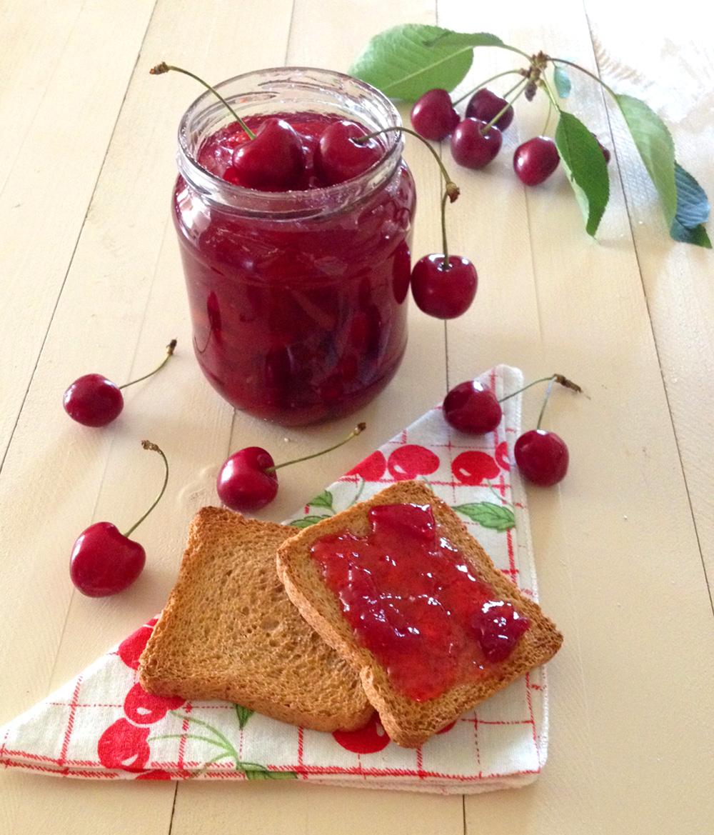Far Bollire Vasetti Marmellata marmellata di ciliegie fatta in casa