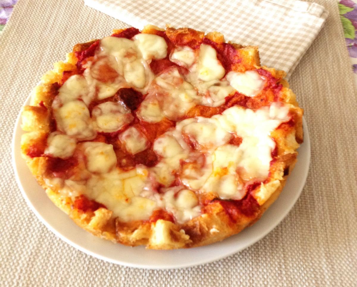 Pizza Fatta Con Il Pane Raffermo La Tavola Di Gio