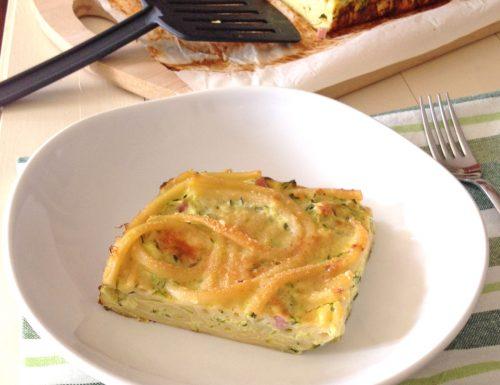 Frittata di bucatini al forno con le zucchine