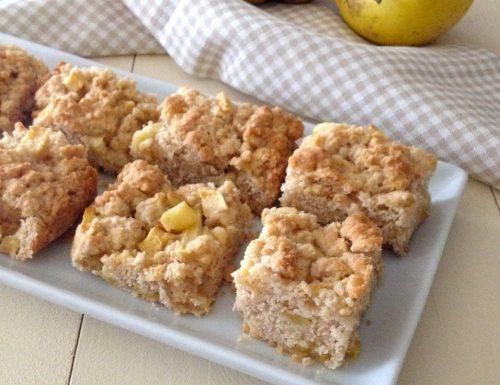 Quadrotti sbriciolati con mele cannella e zenzero