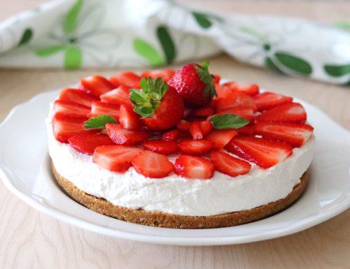 Cheesecake alle fragole e yogurt