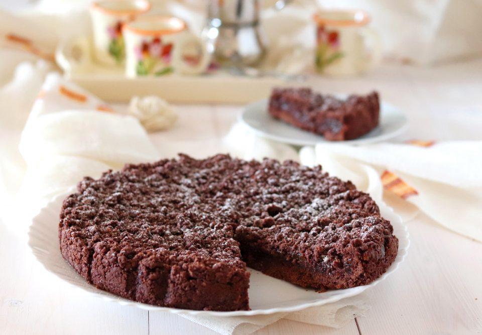 Torta sbriciolata al cacao e marmellata