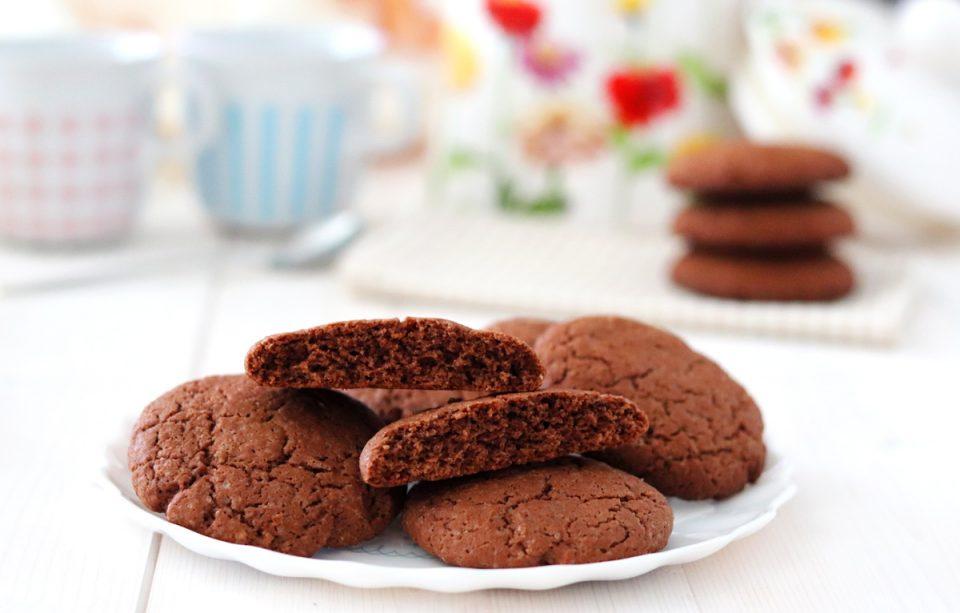 Biscotti al cioccolato fondente e cannella