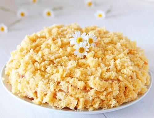 Torta mimosa con crema all'ananas