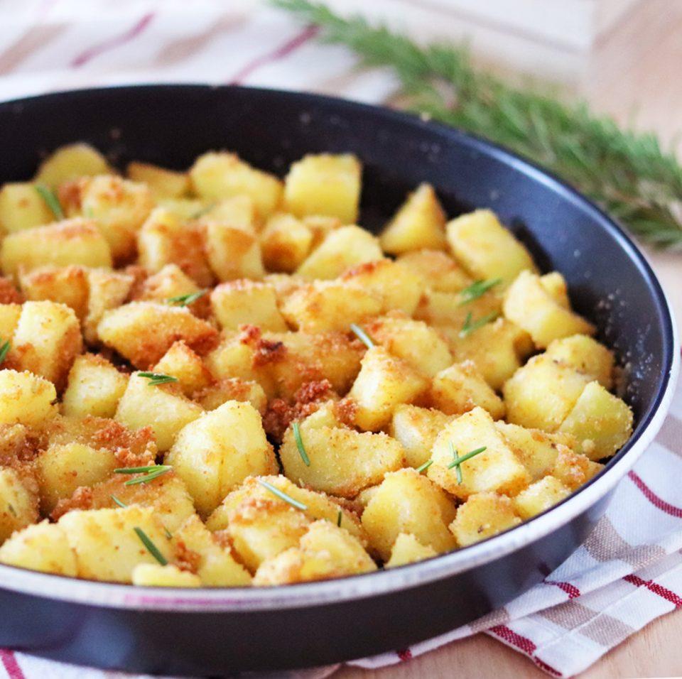 Patate sabbiose speziate al forno