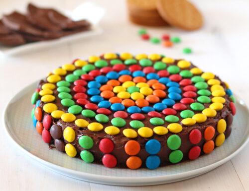 Torta smarties al cioccolato senza cottura