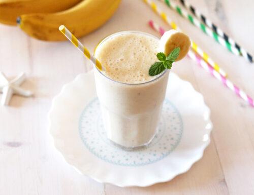 Frappe alla banana con latte o gelato