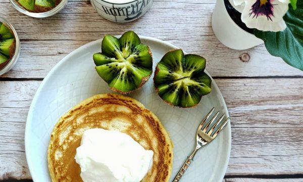 Pancakes di yogurt greco