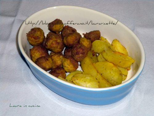 Polpettine  alla curcuma con patate all'aglio