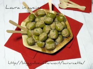 Bocconcini di olive verdi ripiene,ricetta finger food