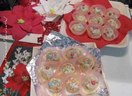 """""""Palline"""" di Natale dolci alla nocciola"""