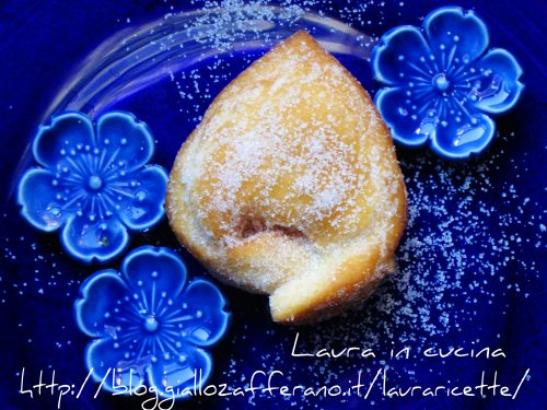 Raviole dolci bolognesi