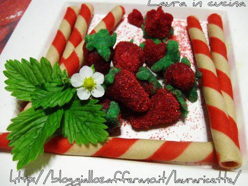 Fragole di marzapane ,ricetta dolci