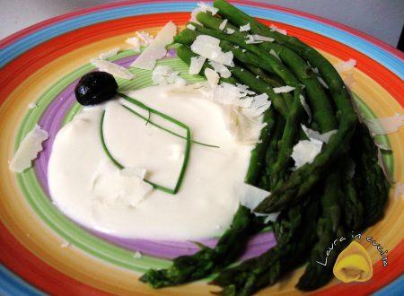 Asparagi e crema al parmigiano,ricetta emiliana