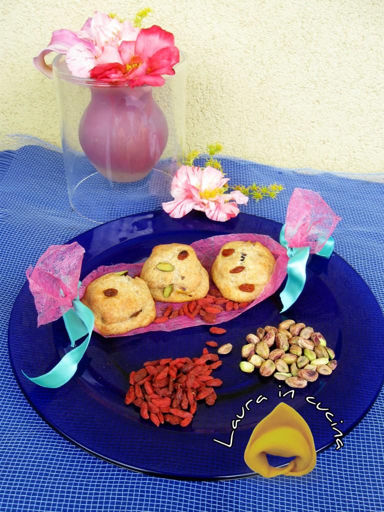 Panini al farro,bacche di goji e pistacchi_ALT