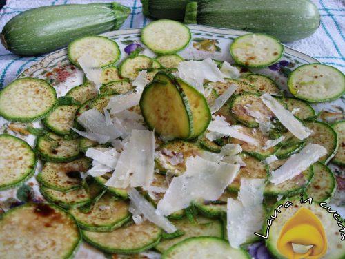 Insalata di zucchine crude con aceto balsamico,ricetta contorni