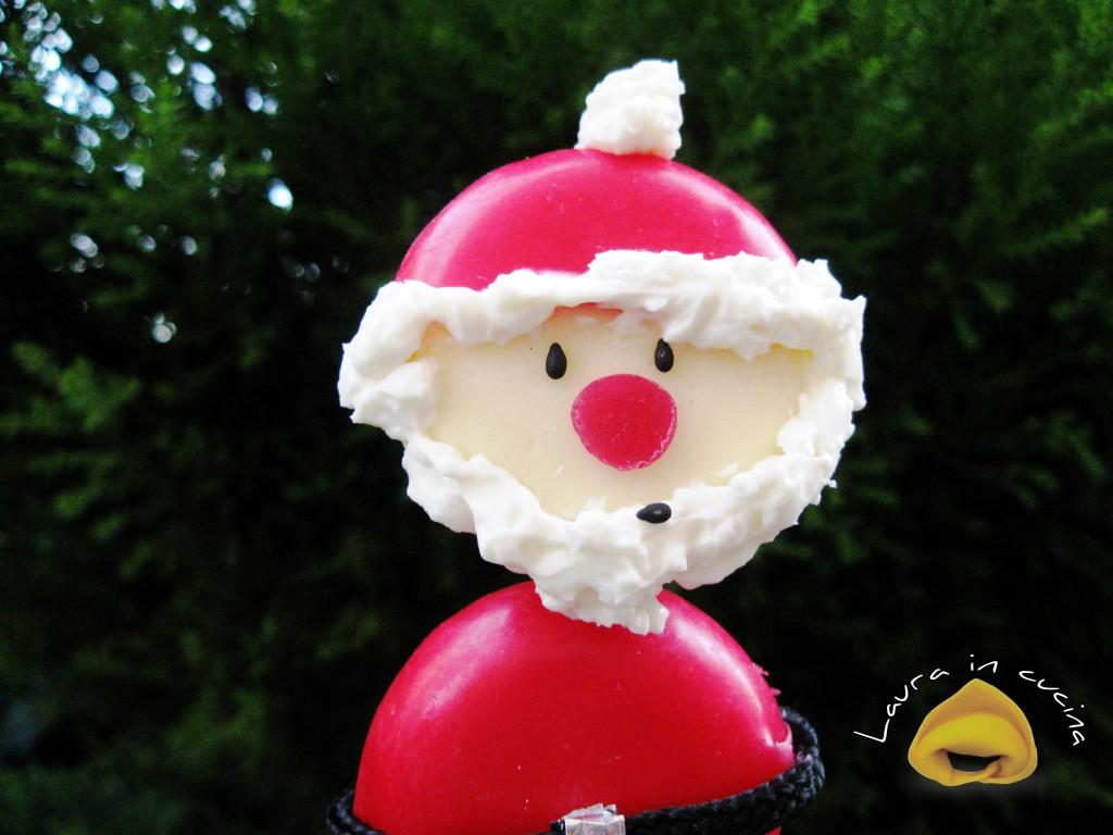 Babybel trasformati in Babbo Natale