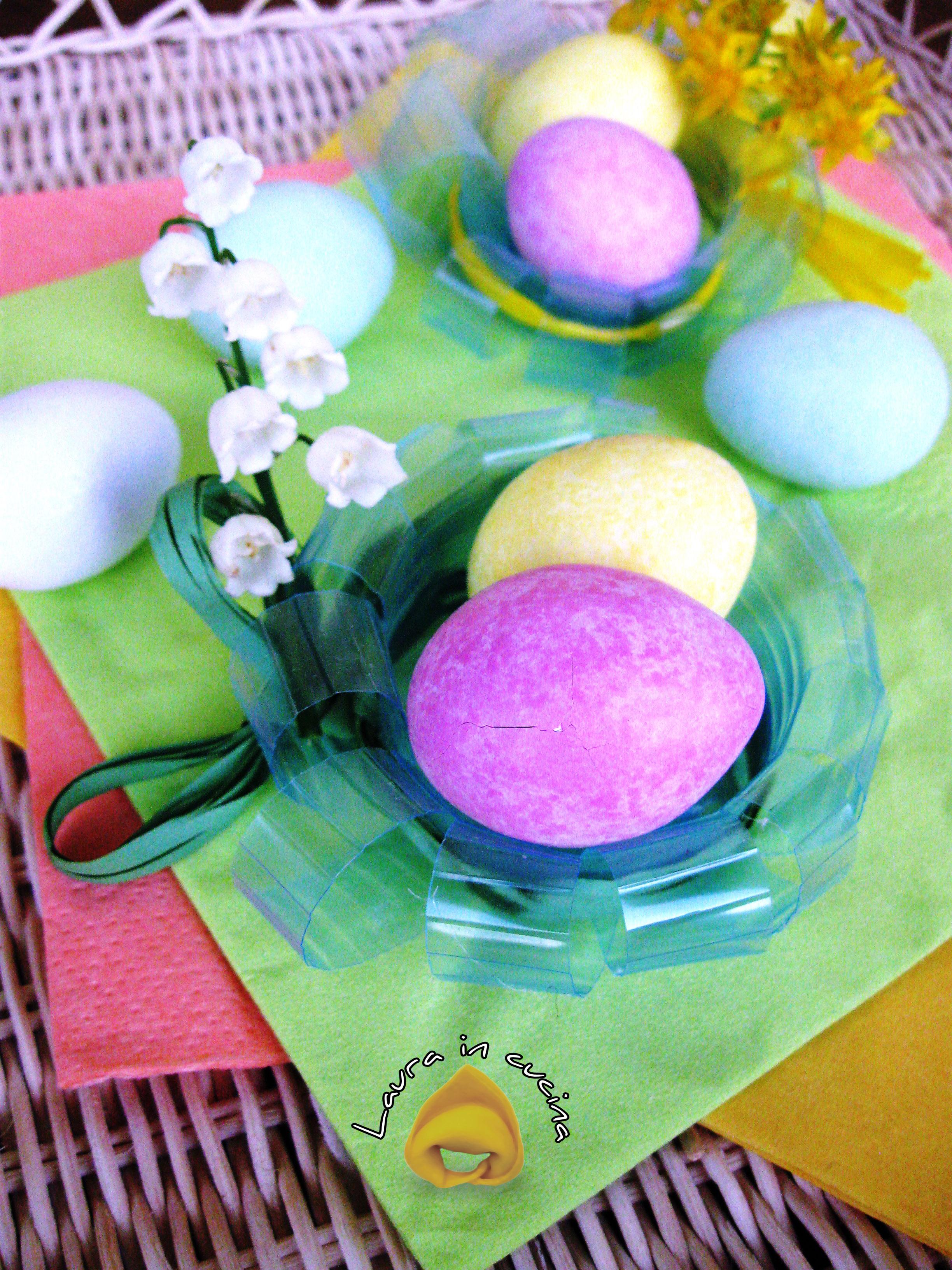 Decorazioni semplici per pasqua i cestini laura in cucina - Decorazioni uova pasquali per bambini ...