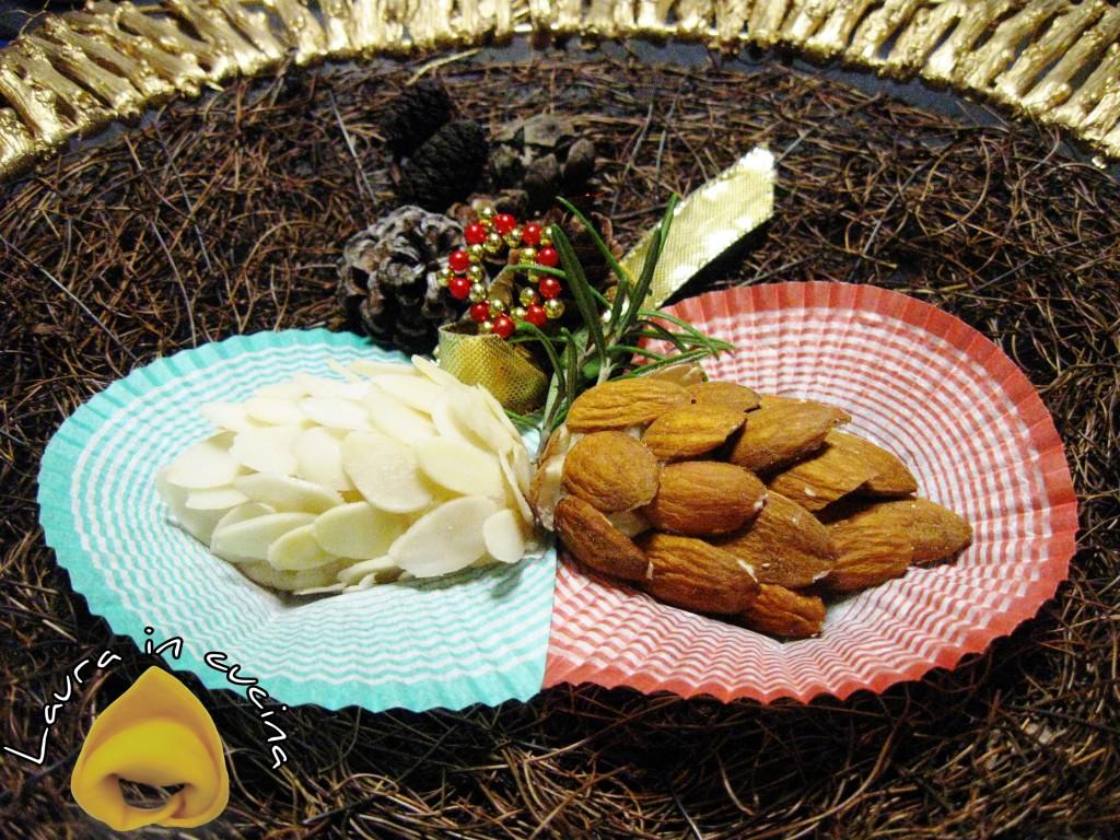 Pasta di mandorle:le pigne.Ricetta dolci_ TITLE