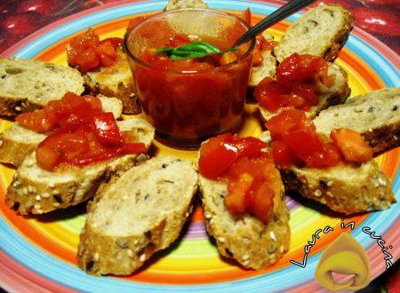 Crostini con pane raffermo ricetta riciclo