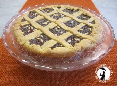 Crostata con confettura di mele cotogne e pinoli tostati