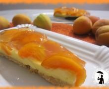 Crostata di albicocche con crema pasticcera