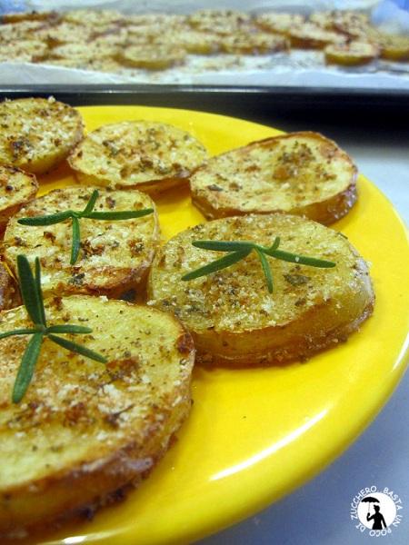 fettine di patate profumate alle 5 erbe