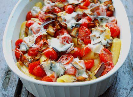 Pasta al forno senza glutine con melanzane pomodorini e ROSA CAMUNA filante