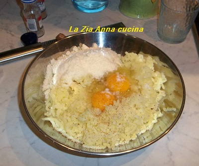 canestrelli di patate con cotechino e lenticchie