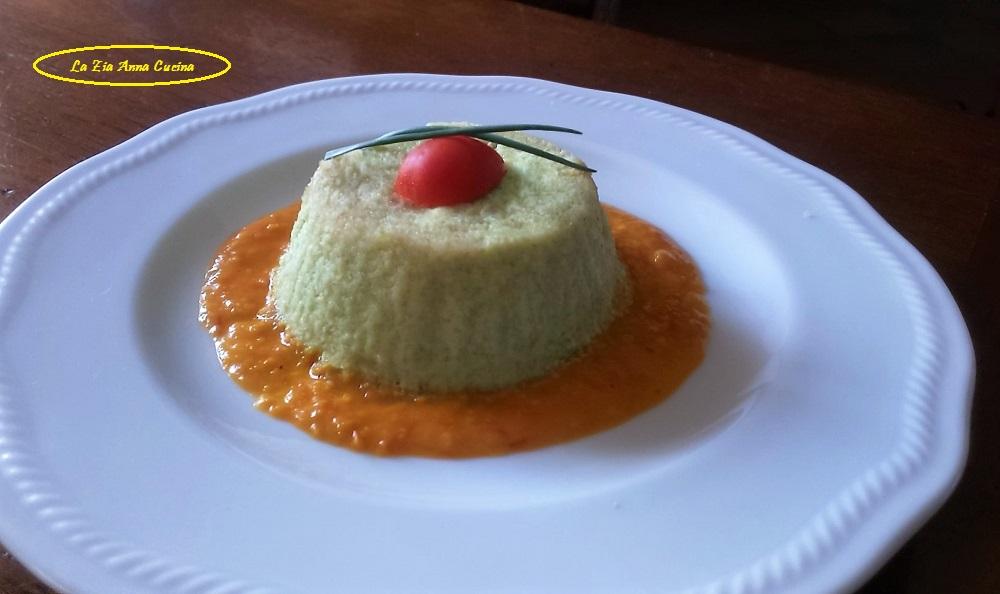 Flan di zucchine su fonduta di pomodoro