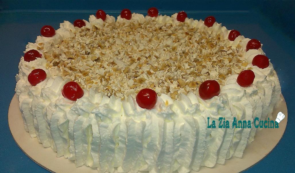 Torta sfoglia con crema diplomatica e torrone