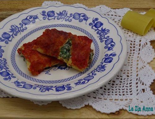 Paccheri ripieni di ricotta e spinaci