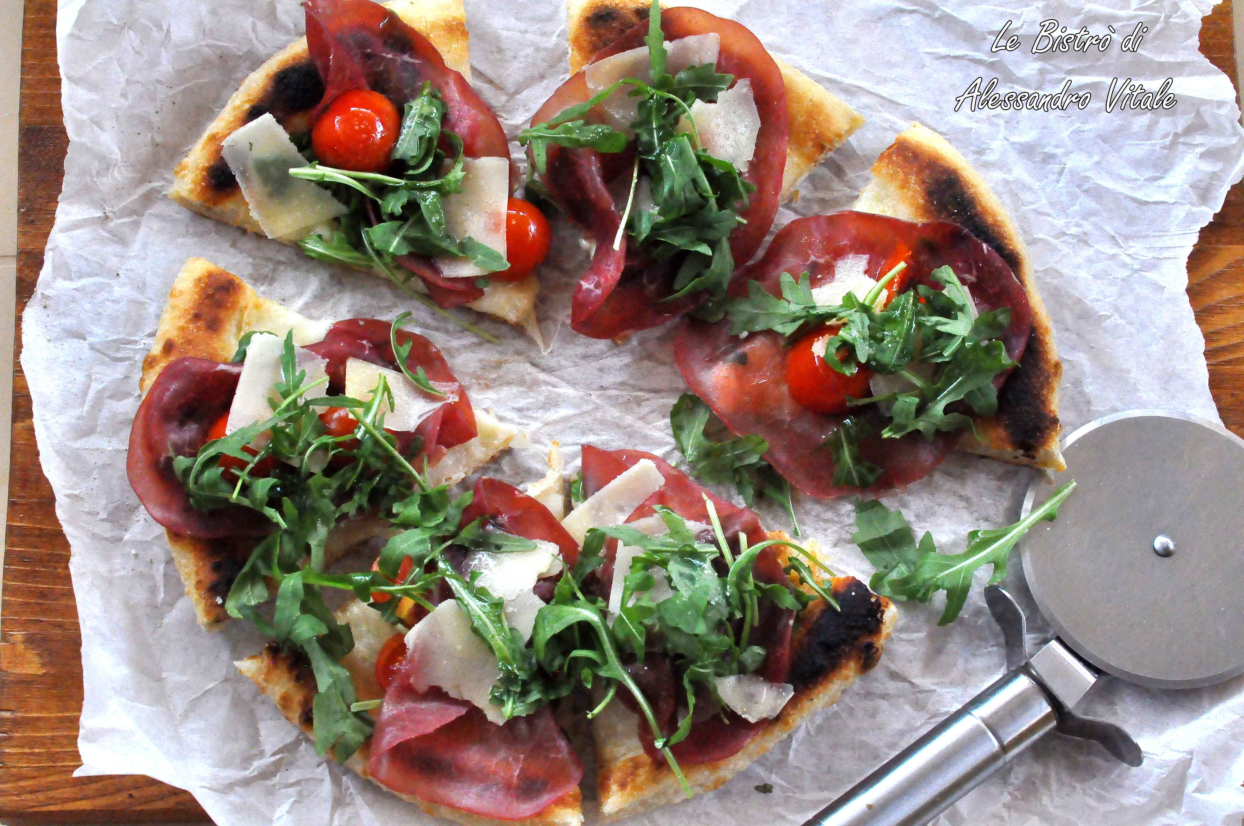 Super Pizza con bresaola pomodorini rucola e grana, secondo piatto MK26