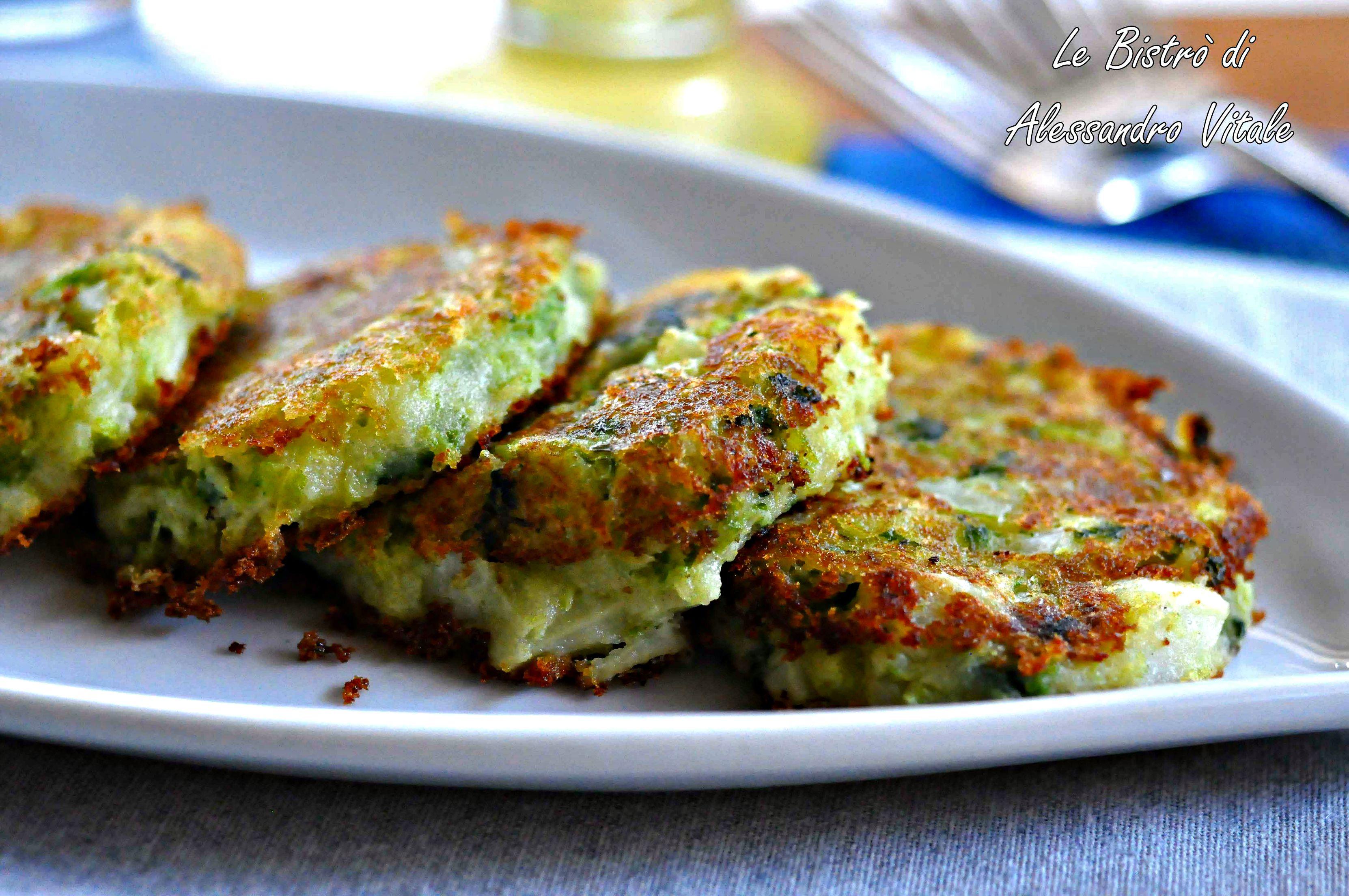Rosti di patate e verza ricetta contorno - Cucinare il cavolo ...