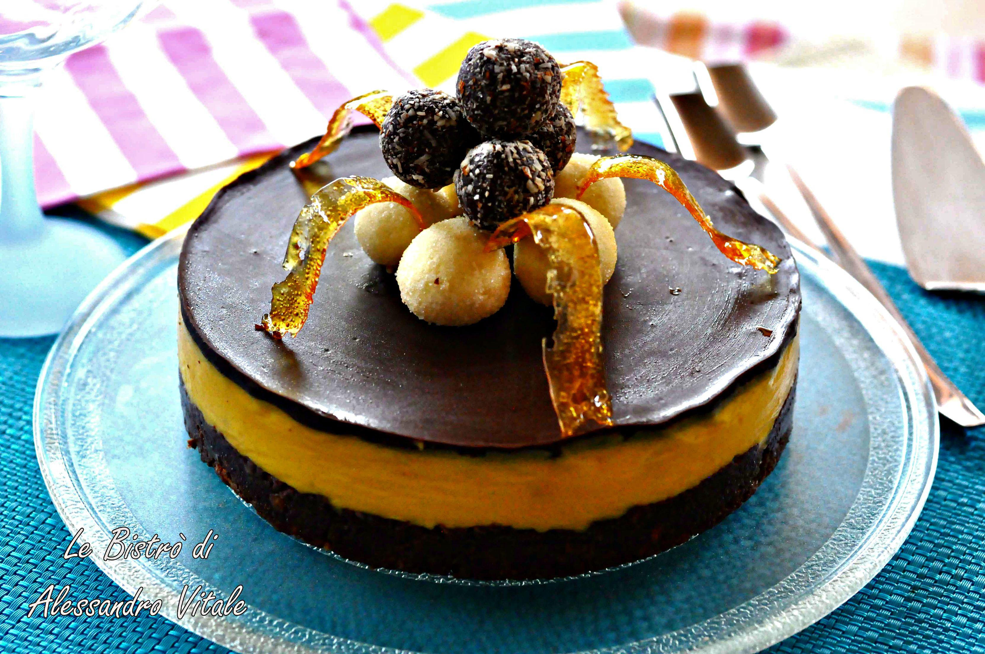 Torta al cioccolato e crema inglese ricetta dolce - Bagno per torte senza liquore ...