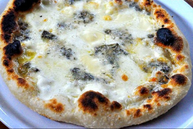Pizza al Gorgonzola, secondo piatto