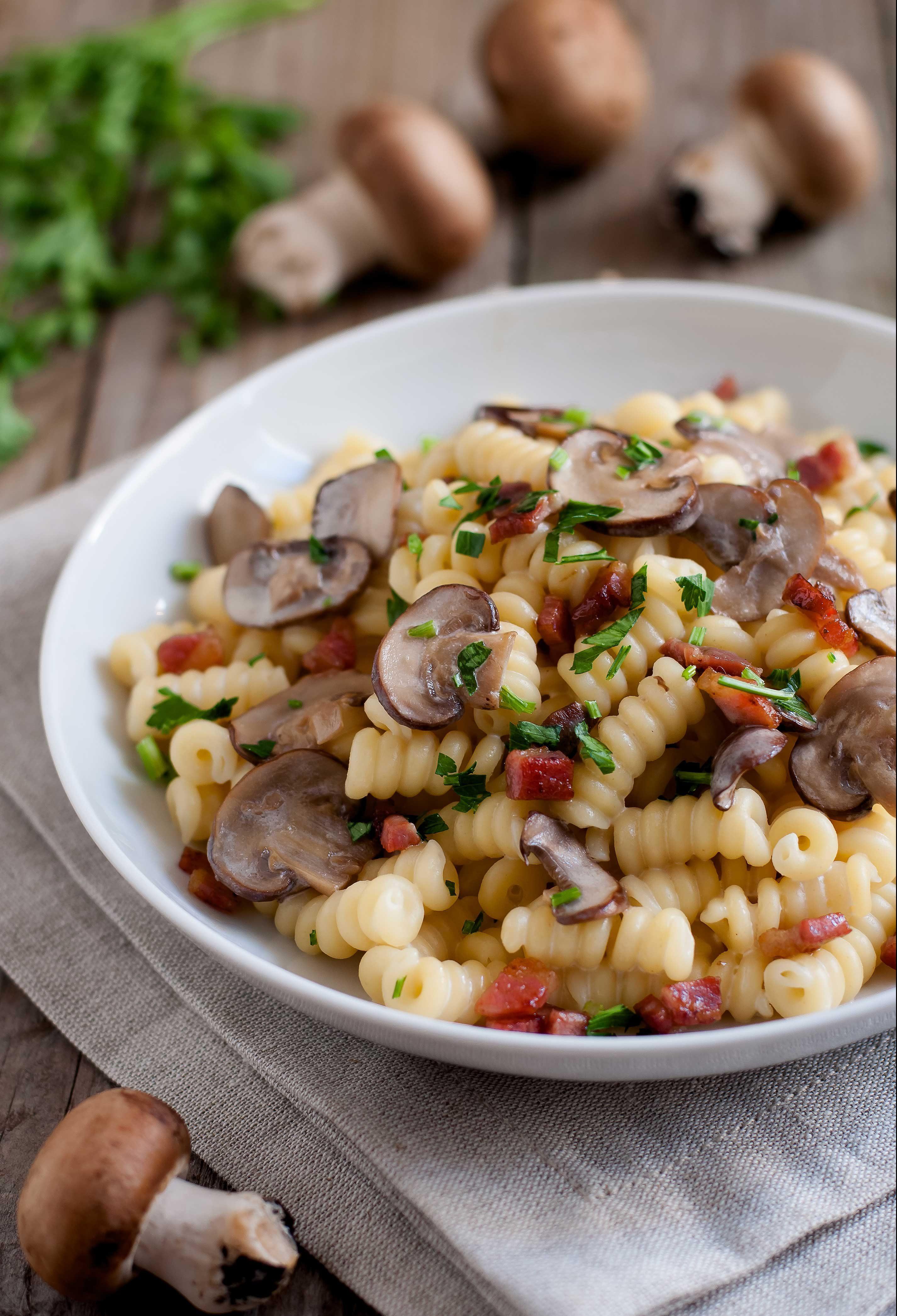 Ricetta Gnocchi Philadelphia Funghi E Speck.Pasta Con Funghi Pancetta E Philadelphia