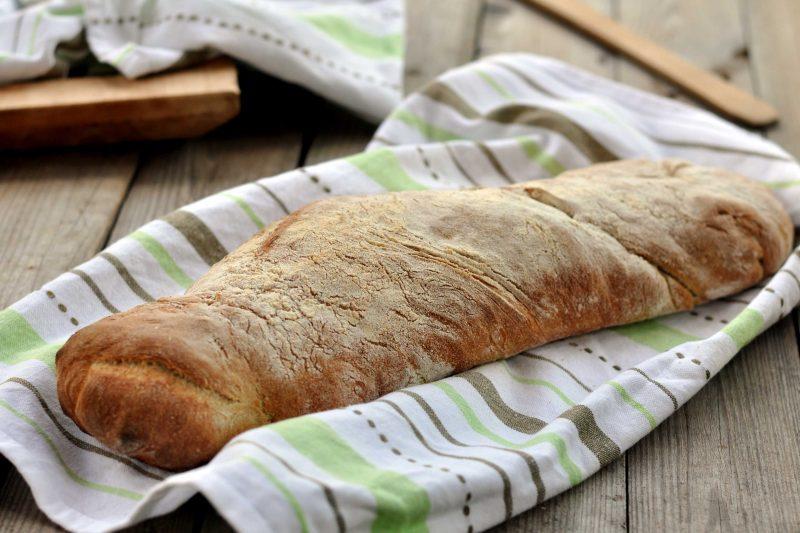 Filone di pane integrale abruzzese
