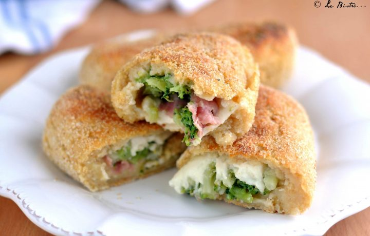 Panzerotti di patate con broccoli prosciutto e formaggio