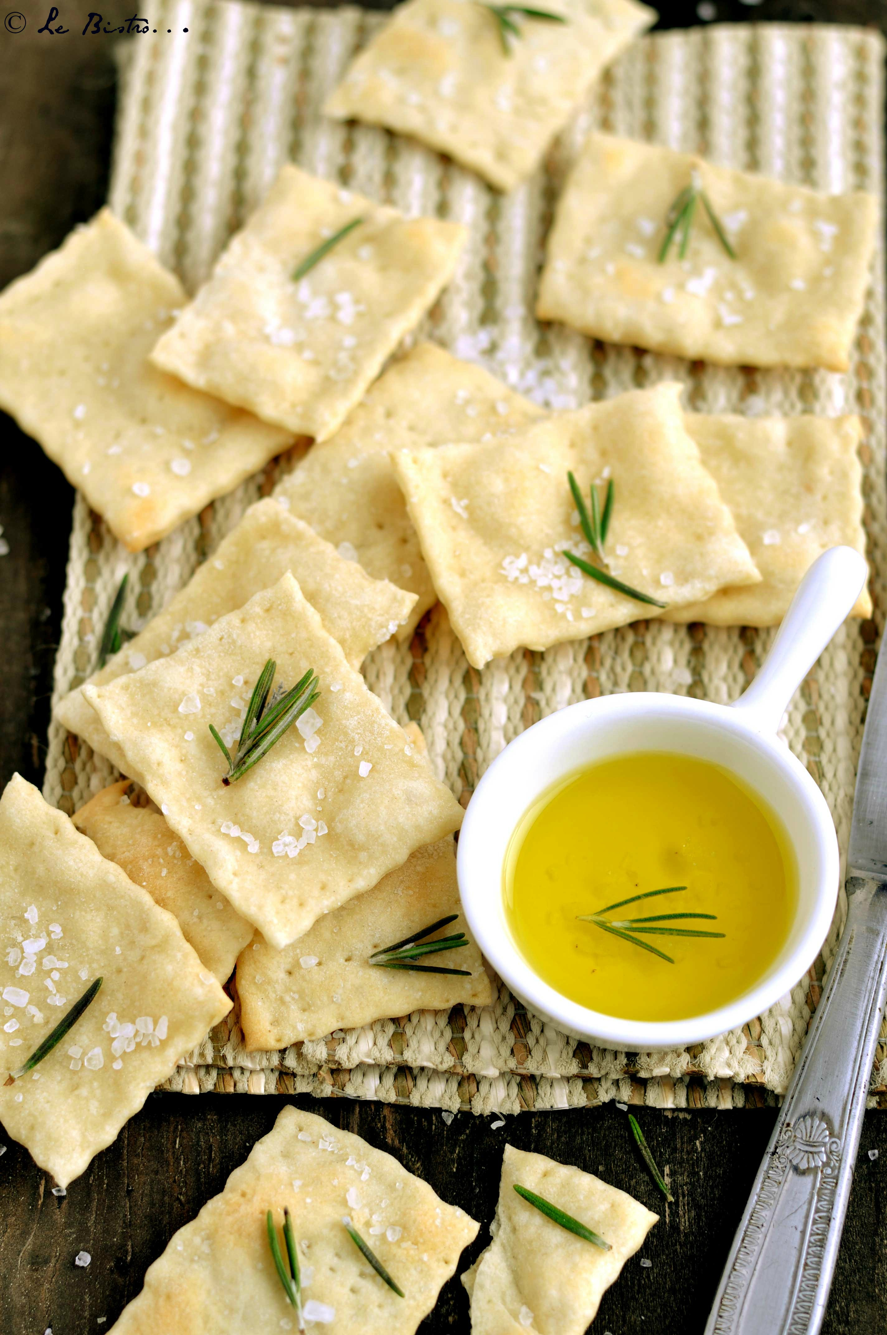 Crackers al Rosmarino con Esubero di Pasta Madre