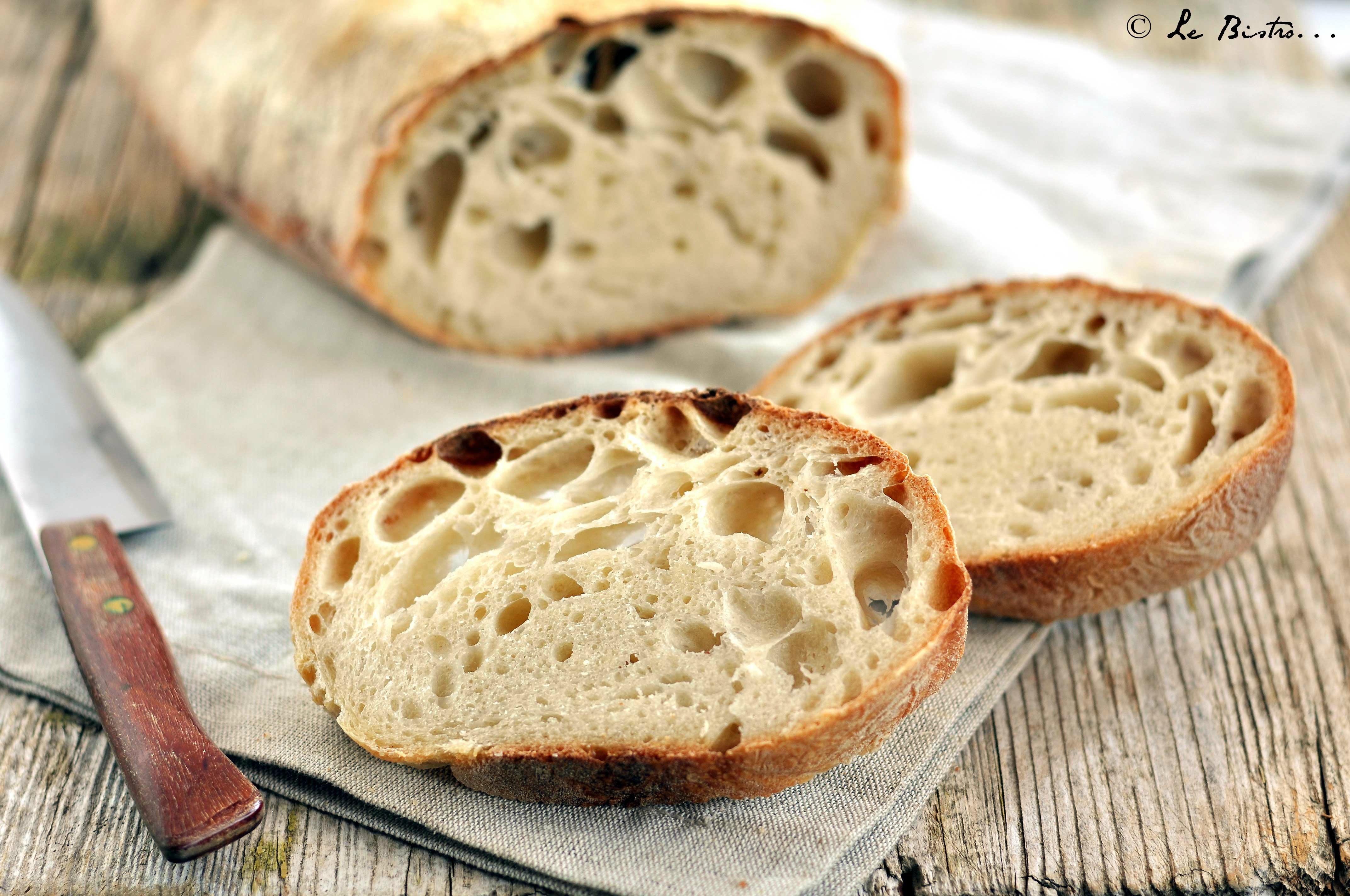 Pane con lievito madre, ricetta tutorial con prefermento e auto