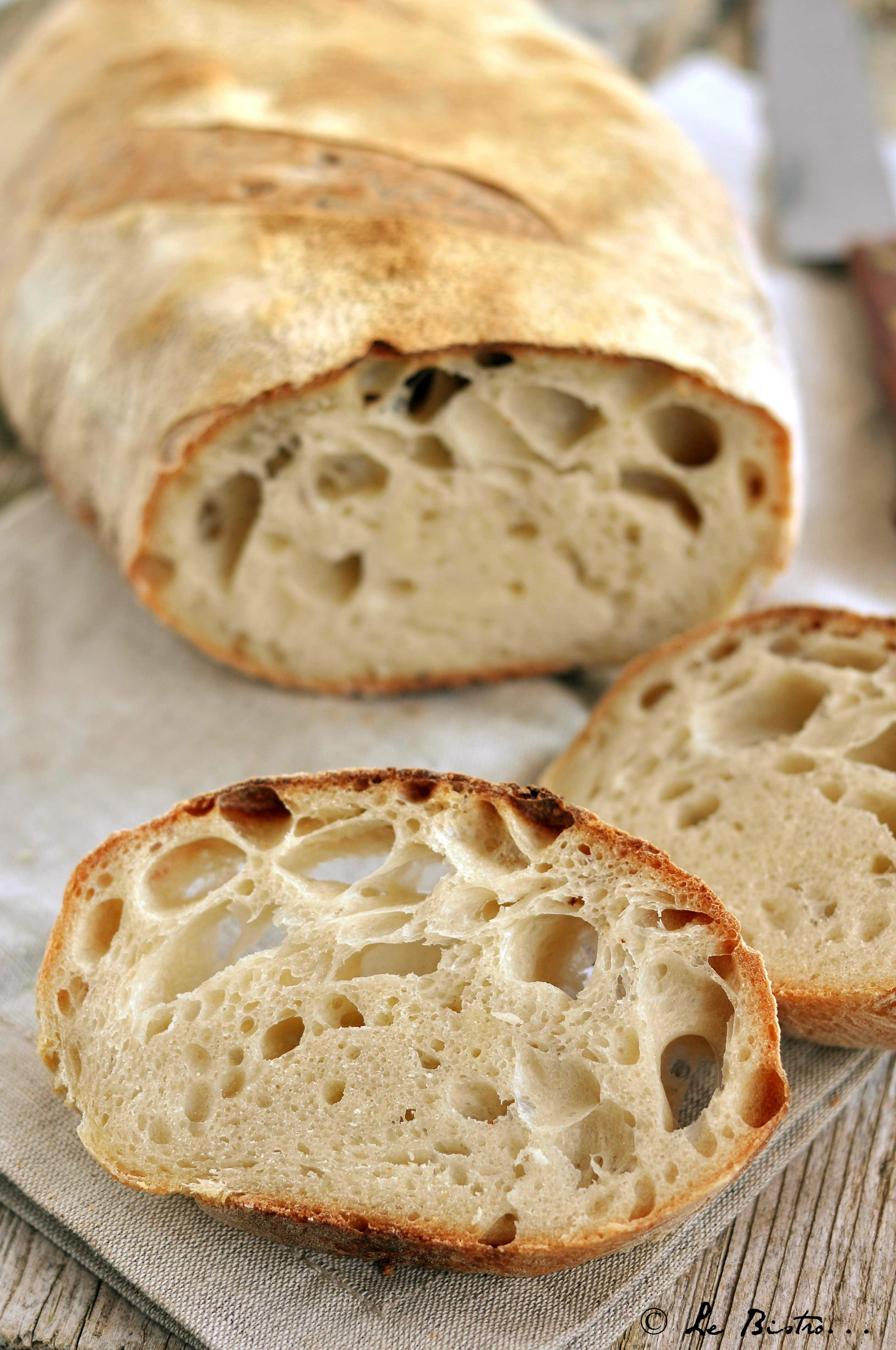 Pane con lievito madre, ricetta tutorial con prefermento e autolisi