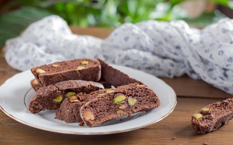 Cantucci al cioccolato e pistacchi