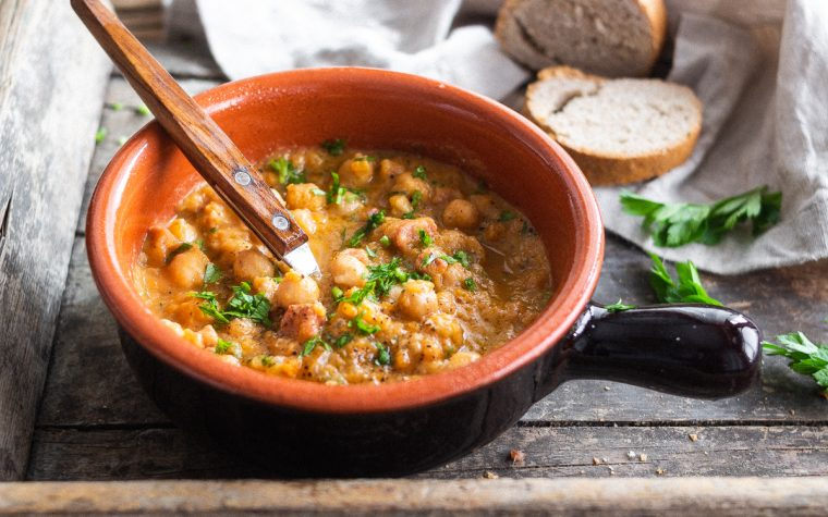 Zuppa di ceci e pancetta