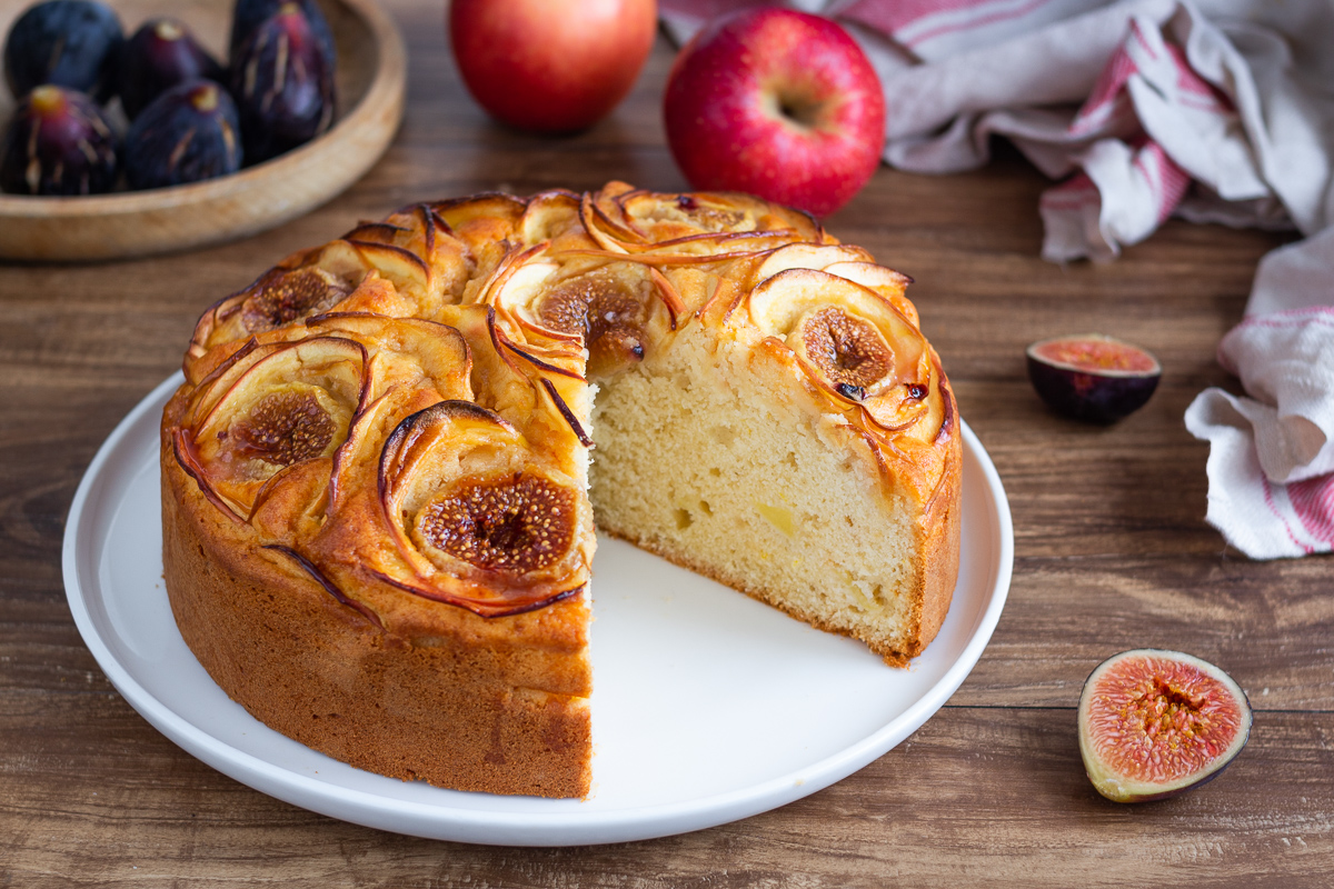 Torta morbida mele e fichi