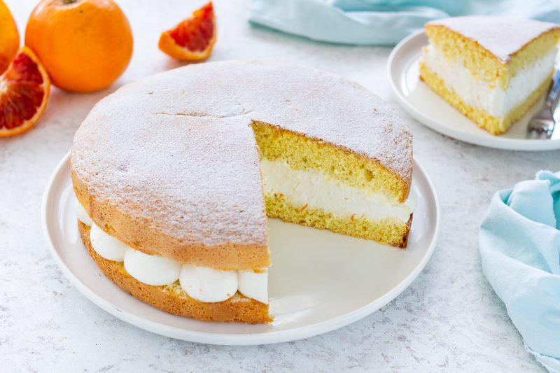 Torta morbida con crema di ricotta e arancia