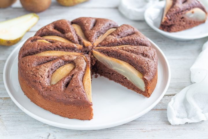 Torta soffice ricotta cioccolato e pere